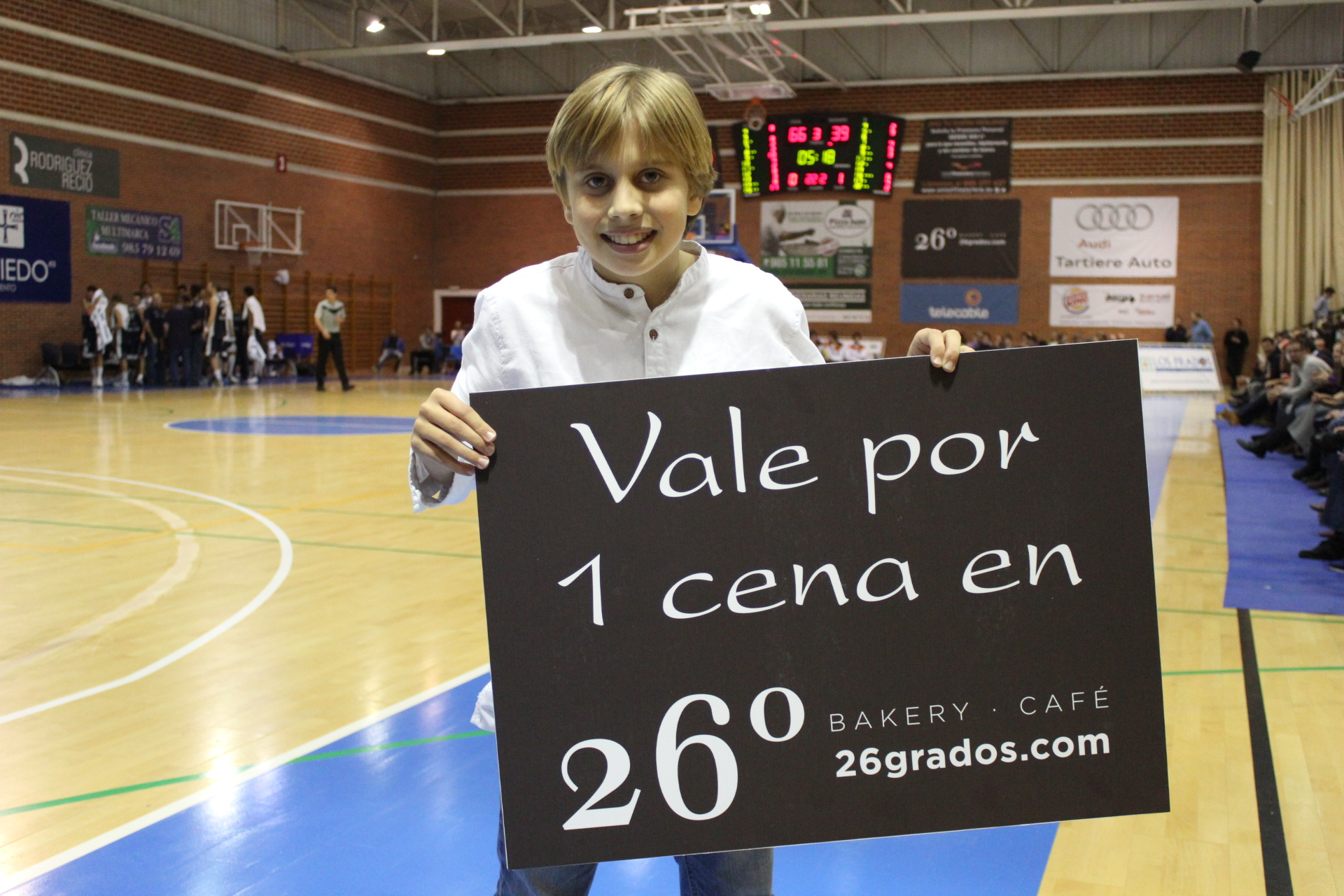 Img 7082 oviedo club baloncesto for Oficinas liberbank barcelona