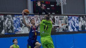 2017-12-17_FCB basquet B vs OVIEDO_VICTOR